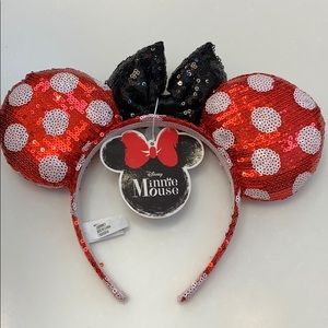 Disney black & red polka dot Minnie sequined Ears